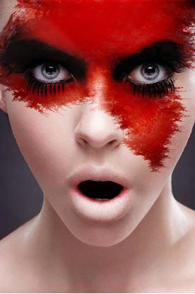 Obrázek Červený make-up v tubě