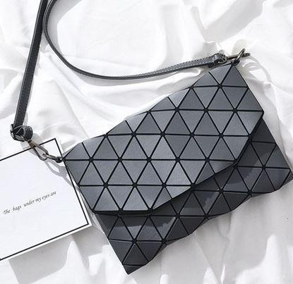 Obrázek Geometrická kabelka - matná šedá